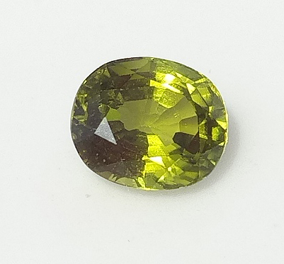 1.60 ct. Peridot Oval
